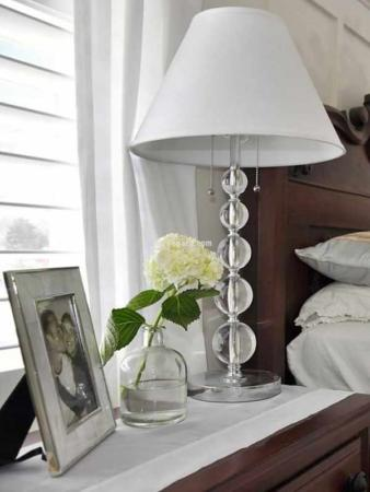 image, ترفندهای جالب برای بزرگ نشان دادن اتاق خواب کوچک