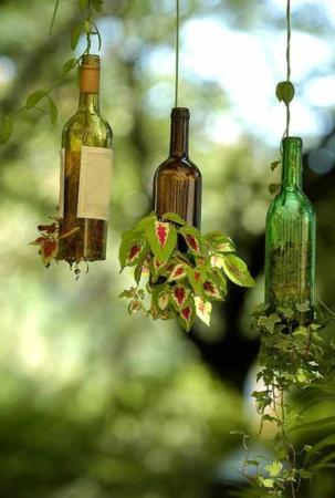 image آموزش درست کردن گلدان های زیبا با بطری های شیشه ای قدیمی