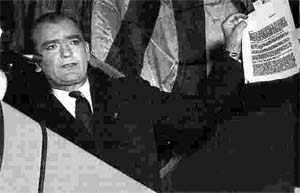 image فهرست وقایع و رویدادهای تاریخی مهم ۲۱ بهمن
