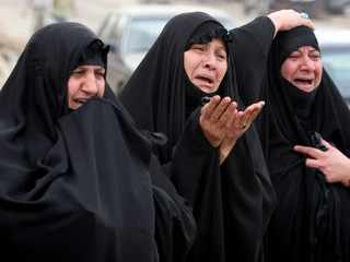 image فهرست وقایع و رویدادهای تاریخی مهم ۱۵ بهمن