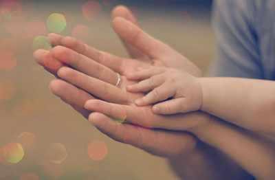 عکس, شعر زیبای مهر مادر عشق پدر شاعر ساسان کوچکی