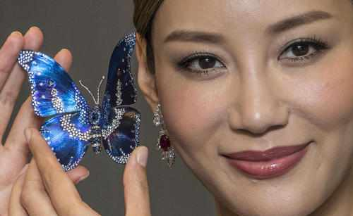 image, عکسی زیبا از نمایشگاه بین المللی طلا جواهر هنگ کنگ