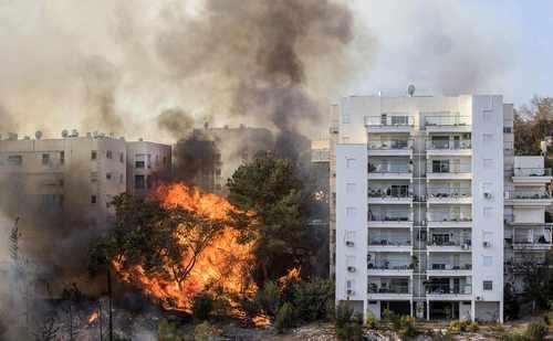 image عکس آتش سوزی گسترده در شهر حیفا اسراییل