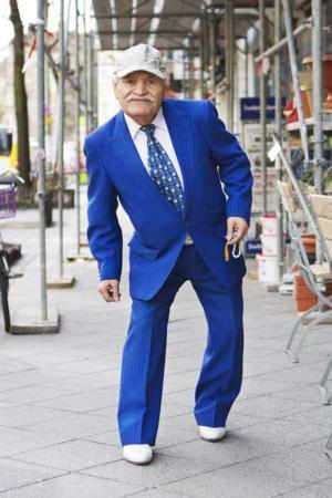 image عکس های دیدنی از پیرمرد خوش لباس و با سلیقه