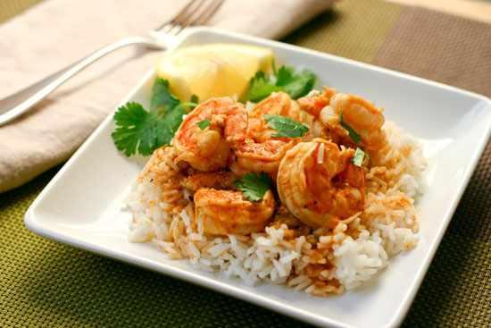 image آموزش پخت غذای خوشمزه و مقوی میگو پلو جنوبی