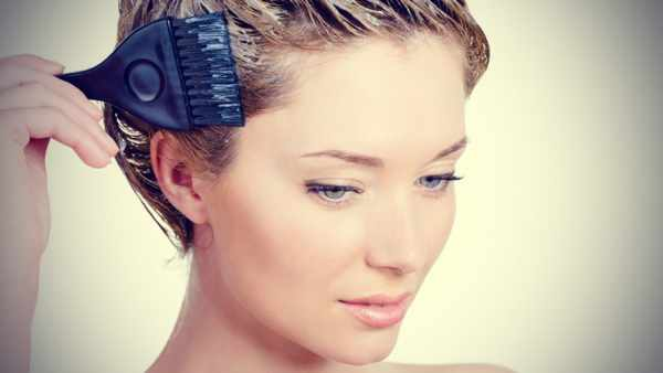 image رنگ موی طبیعی خوب است یا مصنوعی و ضررهای آنها