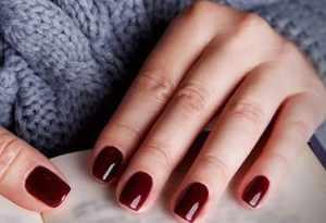 image اگر دوست ندارید ناخن های بلند و زیبای شما بشکند بخوانید