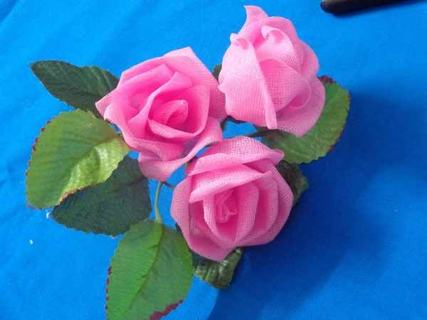 image آموزش تصویری ساخت گل های رز زیبای تزیینی