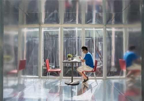 image طراحی جالب خانه ای با اتاق های قابل جابجایی