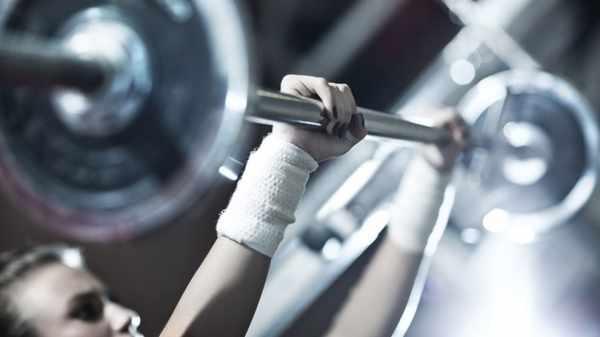 image, آیا تمرین با وزنه سبک هم تاثیری روی عضلات بدن دارد و چطور