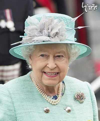 image عکس های دیدنی از جواهرات خیره کننده ملکه انگلستان