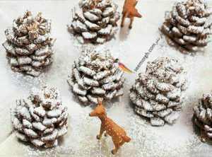 image آموزش درست کردن کاج های شکلاتی برفی برای مهمانی کریسمس