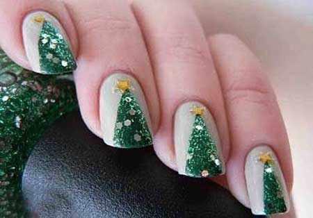 image عکس مدل های زیبای طراحی ناخن برای شب کریسمس