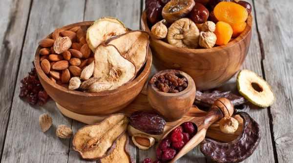 image آیا میوه خشک مانند میوه های تازه قند و ویتامین کافی دارد