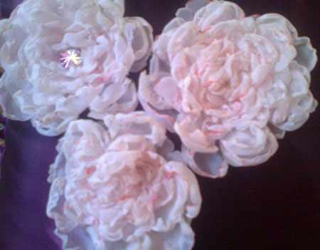 image آموزش ساخت گل های رز بسیار زیبا به سادگی