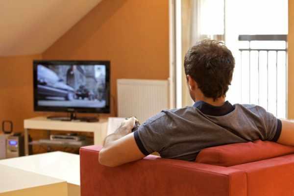 image خطرات تکان دهنده و تازه کشف شده تماشای زیاد تلویزیون