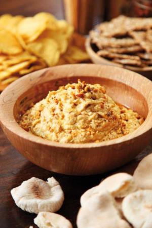 image, دستور مخصوص سرآشپز برای تهیه هوموس کره بادام زمینی