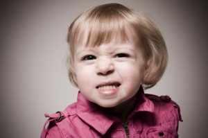 image, چرا بچه ها دندان قروچه می کنند و راه درمان