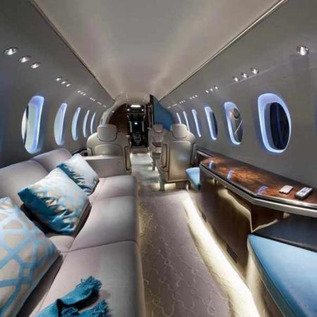 image, تصویری زیبا از دکوراسیون داخلی شیک و مدرن هواپیمای شخصی