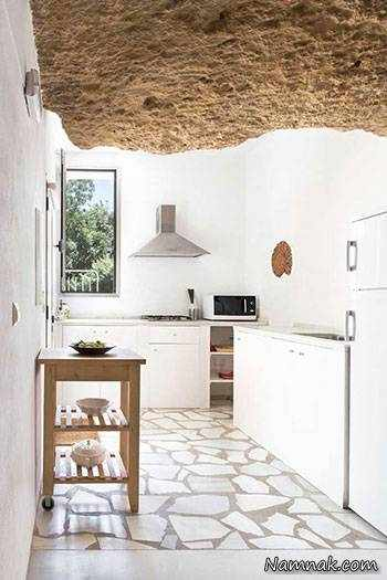image عکس های دیدنی از ساخت ترکیبی خانه امروزی با سنگ های کوه