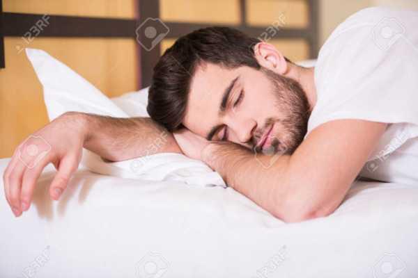 image گرسنه خوابیدن چقدر برای سلامتی مضر است