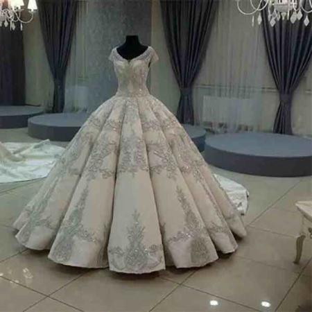image مخصوص تازه عروس ها چطور باید لباس عروس مناسب خرید