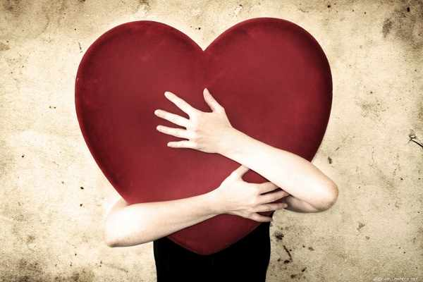 image راهکارهای وابسته کردن کسی که دوستش داریم به خودمان