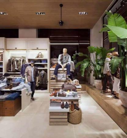 image ایده های شیک و مدرن دکوارسیون مغازه های پوشاک کیف و کفش