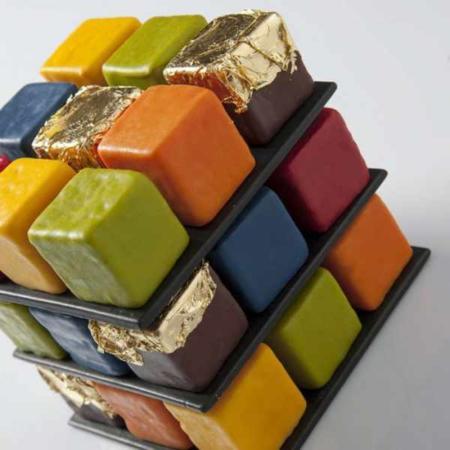 image, عکس های دیدنی از کیک خوشمزه به شکل مکعب هوش روبیک