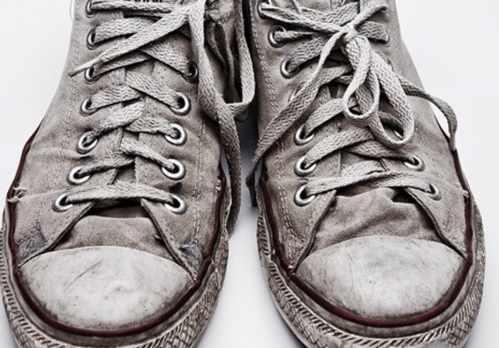 عکس, چطور به راحتی کفش و لباس های گلی را با ماشین لباسشویی تمیز کنید
