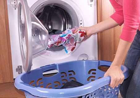image چرا نباید لباس بعد از شسته شدن در ماشین لباسشویی بماند