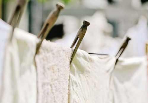 عکس, استفاده از مایع لباسشویی سفیدشوی چه اثری روی لباس های سفید دارد