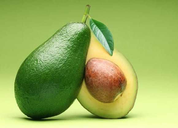 image خوردن میوه آووکادو چقدر شما را زیباتر خواهد کرد