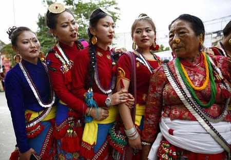 image تصویری زیبا از جشنواره آیینی اوبهالی در نپال