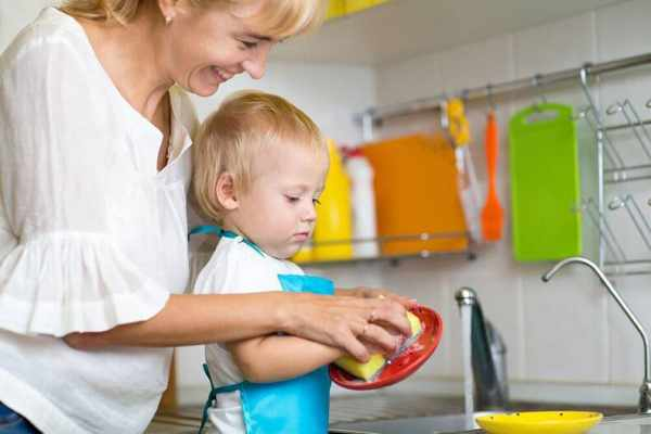 image, راهکارهای تربیتی برای داشتن کودکی مسئولیت پذیر
