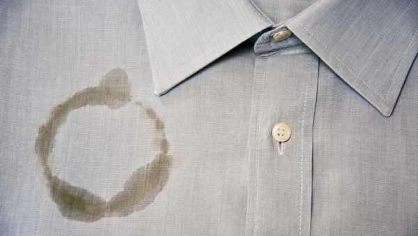 image ترفندهای عملی برای پاک کردن لکه های ثابت روی لباس