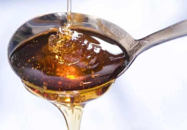 image علت سرفه های خشک چیست و چطور باید درمان شوند با مواد طبیعی