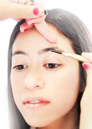 image مثل آرایشگر ها ابرو بردارید با آموزش عکس به عکس