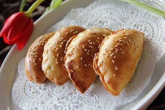 image آموزش پخت پیراشکی مخصوص برای عصرانه بچه ها