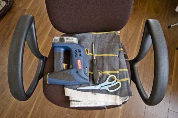 image, آموزش تصویری تغییر روکش کهنه صندلی کامپیوتر