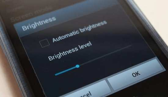 image چطور هنگام کار با موبایل مراقب سلامت چشم های خود باشید