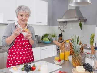 image چطور در زمان سالمندی سالم و سرحال باشید