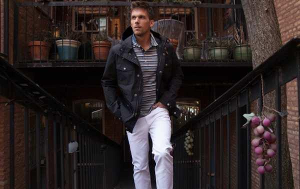 image راهنمای پوشیدن و انتخاب شلوار لی سفید رنگ مخصوص آقایان