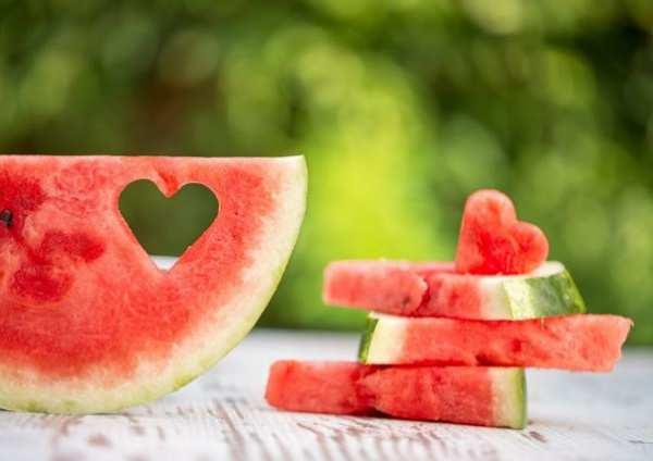 image فایده خوردن هندوانه برای سلامتی