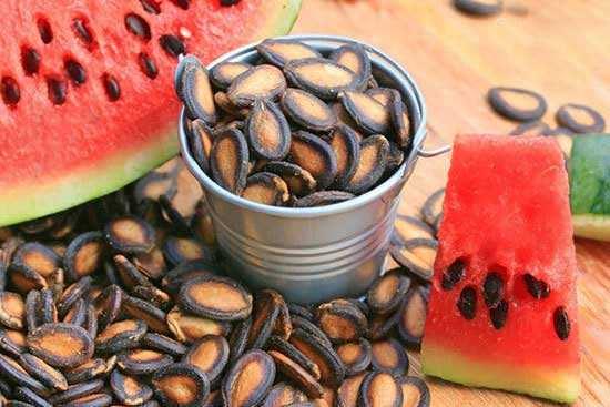 image, آیا از این خواص تخمه هندوانه برای سلامتی خبر دارید