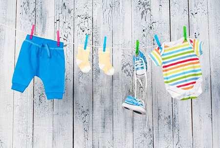 image چطور برای نوزاد خود لباس مناسب بخرید