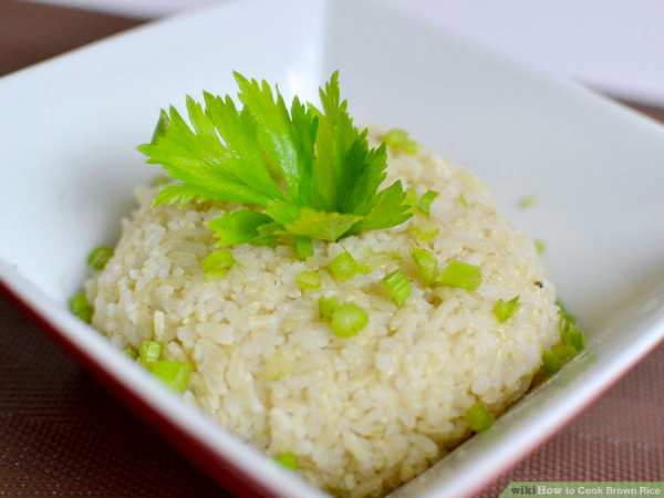 image مصرف برنج قهوه ای به جای برنج سفید چه فایده ای دارد