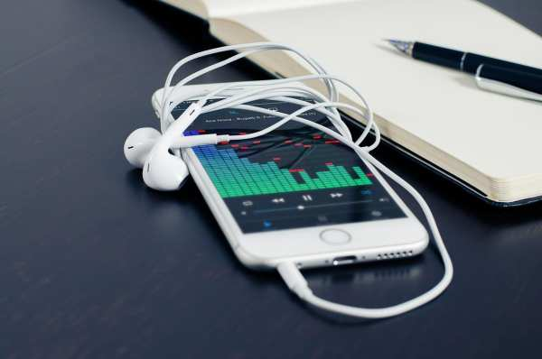 image, آیا واقعا امواج موبایل برای سلامتی مضر است و چطور
