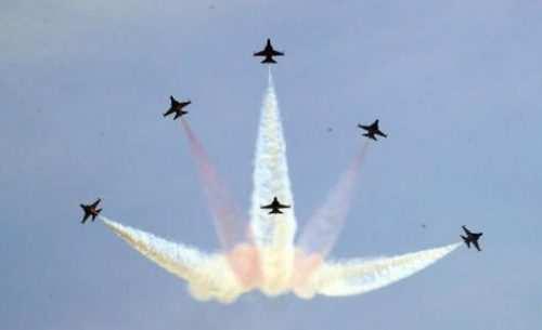 image نمایش هوایی تیم آکروباتیک هوایی ارتش کره جنوبی