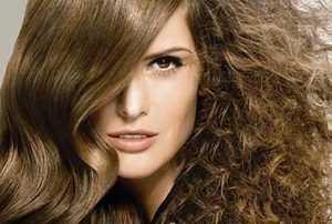 image, چطور با مواد طبیعی موهای خشک را نرم کنید